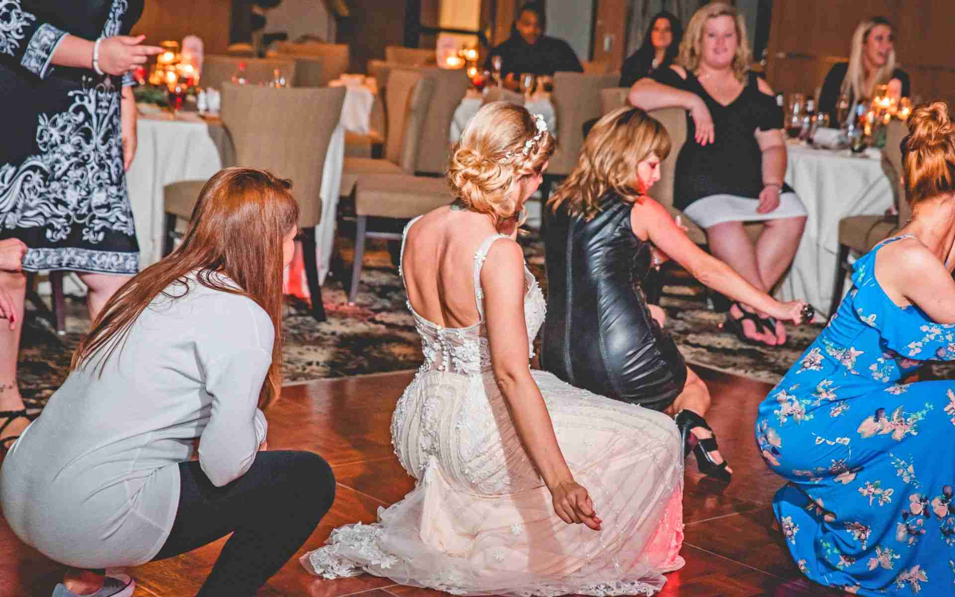 Bride Drops It Like It's Hot On The Dancefloor, Bride Dancing, Savannah, GA