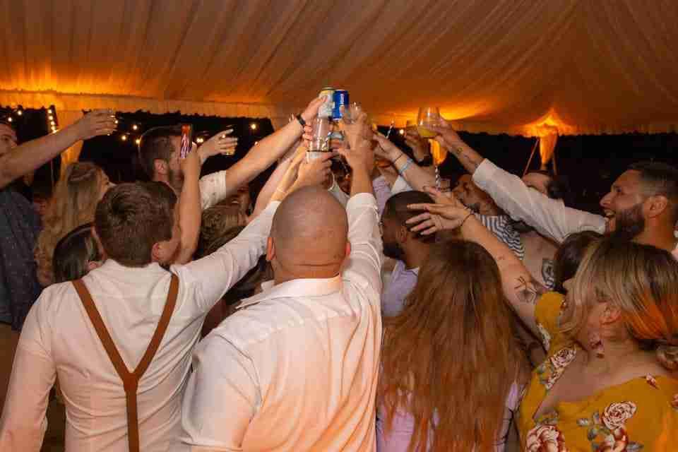 A Beautiful Beach Wedding on Hilton Head Island, SC 2021_Drinks In The Air